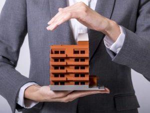 Como gestores, síndicos e administradoras podem promover mais segurança condominial?